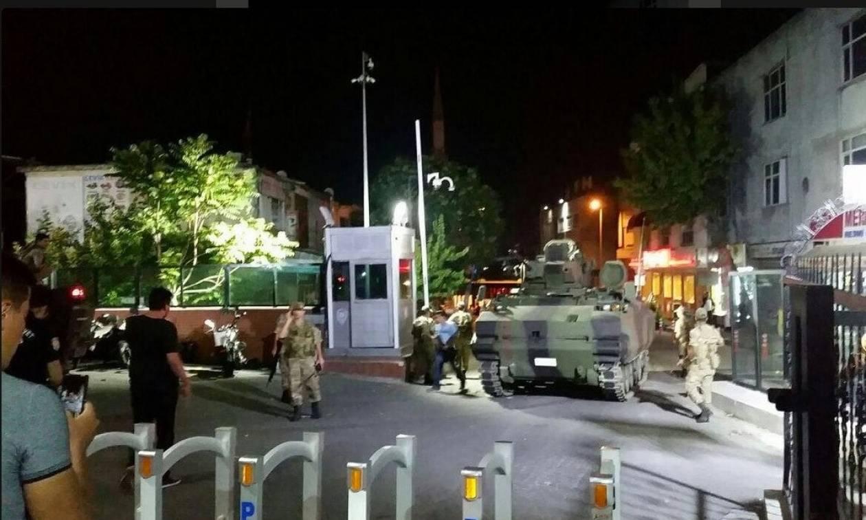Πραξικόπημα Τουρκία - «Mπλακ άουτ» στα social media της χώρας