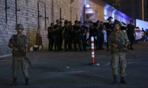 Τουρκία: «Επιβλήθηκε στρατιωτικός νόμος»