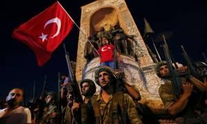 Η «παράδοση» της Τουρκίας στα πραξικοπήματα - Έγιναν τέσσερα τα τελευταία 50 χρόνια