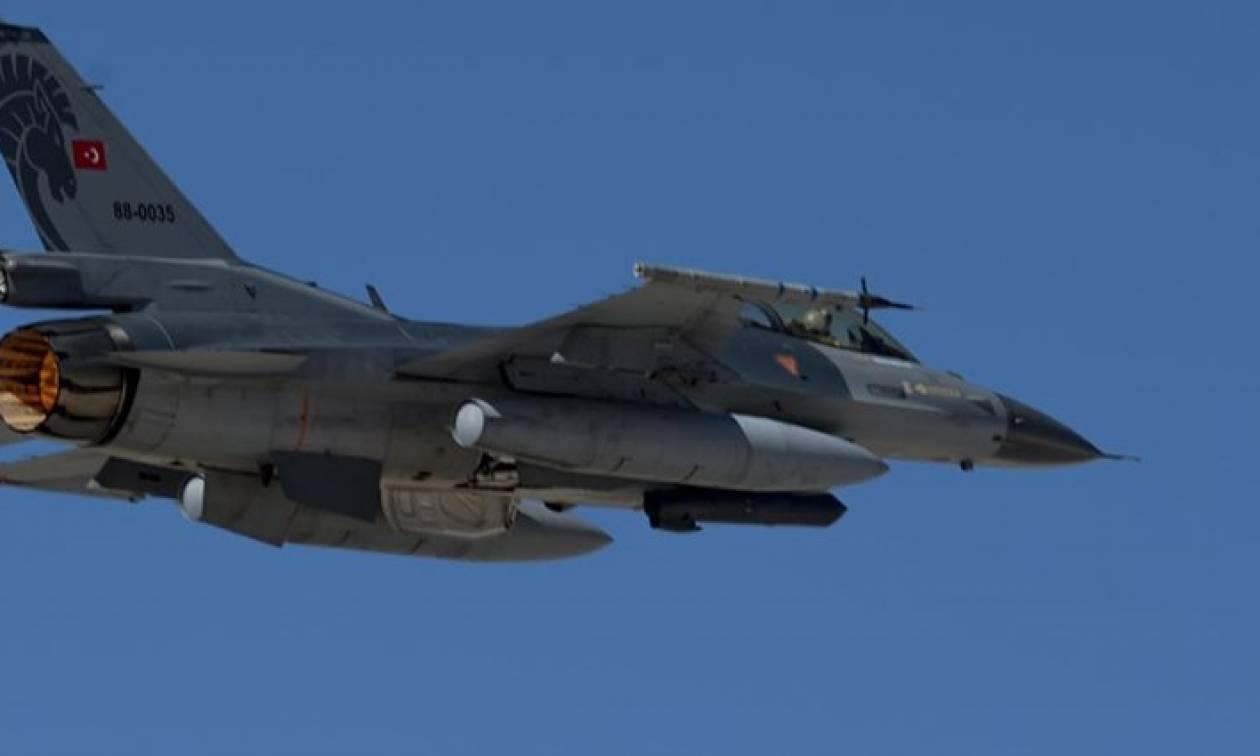 Πραξικόπημα Τουρκία: Μαχητικό κατέρριψε ελικόπτερο των πραξικοπηματιών στην Άγκυρα