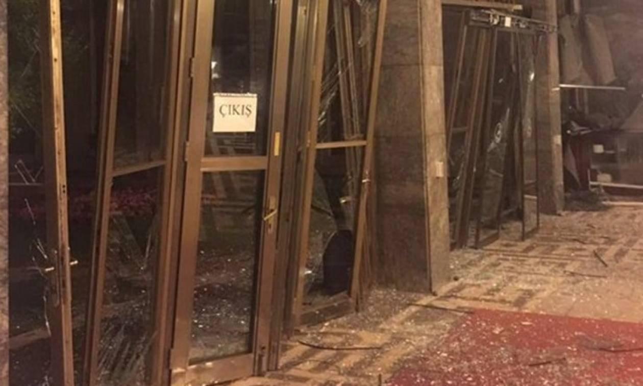 Πραξικόπημα Τουρκία: Ελικόπτερα βομβάρδισαν το Κοινοβούλιο (videos+photos)