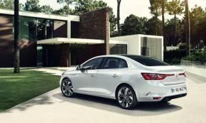 Σε ποιους απευθύνονται τα κλασικά τετράθυρα μοντέλα σαν το νέο Renault Megane;