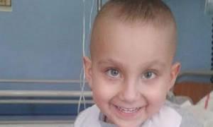 Θλίψη! Έχασε τη μάχη για τη ζωή ο μικρός Κωνσταντίνος - Το συγκλονιστικό μήνυμα της οικογένειας