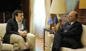 «Γείωσε» την κυβέρνηση ο Μοσκοβισί - Αοριστολογίες για άρση των capital controls και χρέος