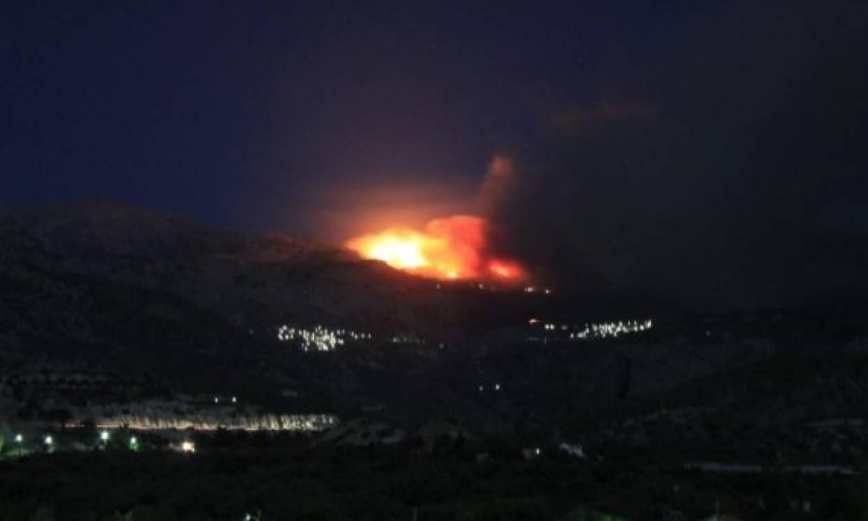 ΣΥΝΕΧΗΣ ΕΝΗΜΕΡΩΣΗ: Ανεξέλεγκτη φωτιά στην Ιεράπετρα