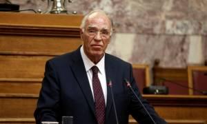 Γιατί συγκινήθηκε ο Βασίλης Λεβέντης στη Βουλή; (video)