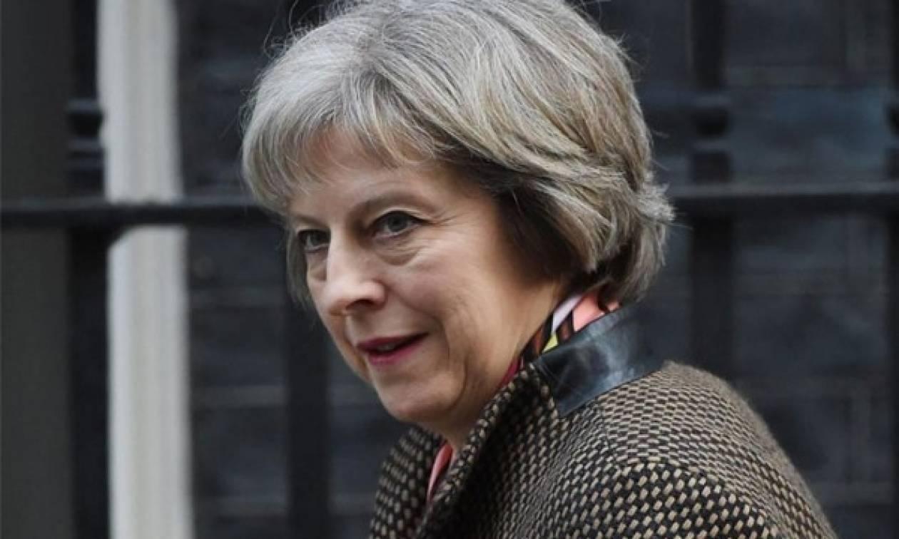 Το Brexit... αργεί! Η Βρετανία δεν θα ενεργοποιήσει το άρθρο 50 πριν το τέλος του χρόνου