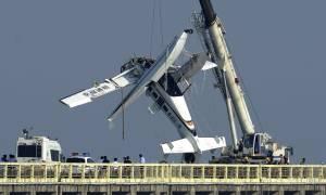 Τραγωδία στην Κίνα: Συντριβή υδροπλάνου στη γέφυρα της Σαγκάης - Πέντε νεκροί (pics)