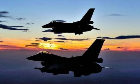 Τουρκικά F-16 στο Αιγαίο – Αναζητούν ταχύπλοα με Τούρκους κομάντος