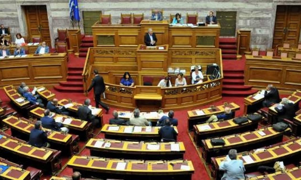 Δείτε LIVE: Η μάχη στη Βουλή για τον εκλογικό νόμο