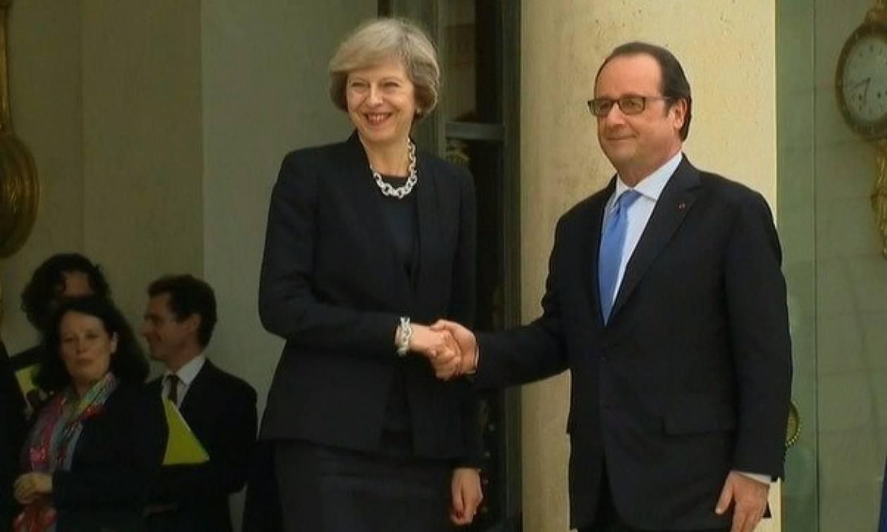 Ολάντ προς Μέι: Γιατί τόση καθυστέρηση με το Brexit; (video)