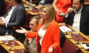 Εκλογικός νόμος: Σφοδρή «μετωπική» Τσίπρα – Γεννηματά
