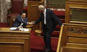 Εκλογικός νόμος: Πέρασε η «α λα καρτ» απλή αναλογική του Τσίπρα