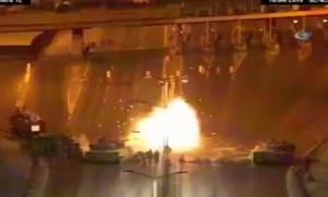 Τουρκία - Σοκαριστικό βίντεο: Άρματα μάχης και στρατιώτες πυροβολούν εν ψυχρώ αμάχους!
