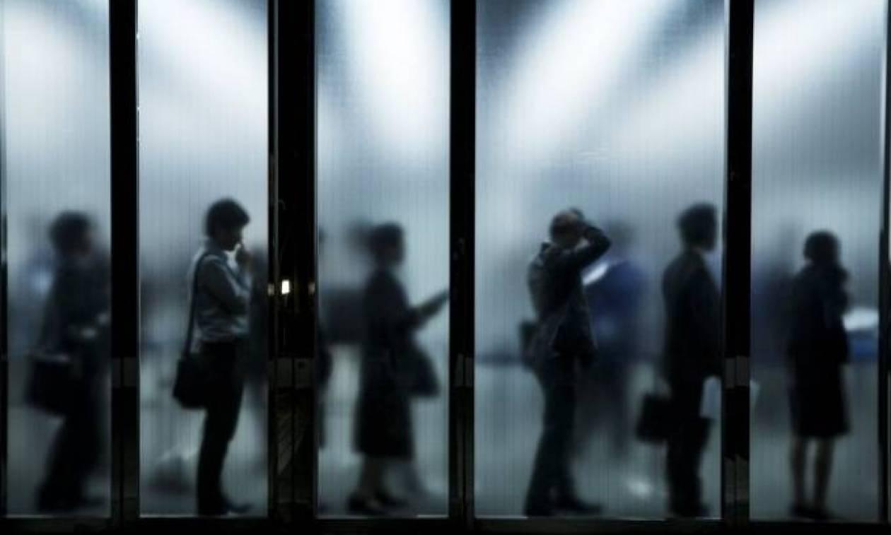 Η απόλυτη ντροπή: 130.000 εργαζόμενοι αμείβονται με μικτό μηνιαίο μισθό έως 100 ευρώ