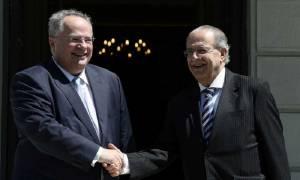 Κασουλίδης και Κοτζιάς συμφωνούν: Να απομακρυνθούν τα τουρκικά στρατεύματα κατοχής από την Κύπρο