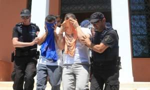 Στην Αθήνα υπό άκρα μυστικότητα οι 8 Τούρκοι στρατιωτικοί