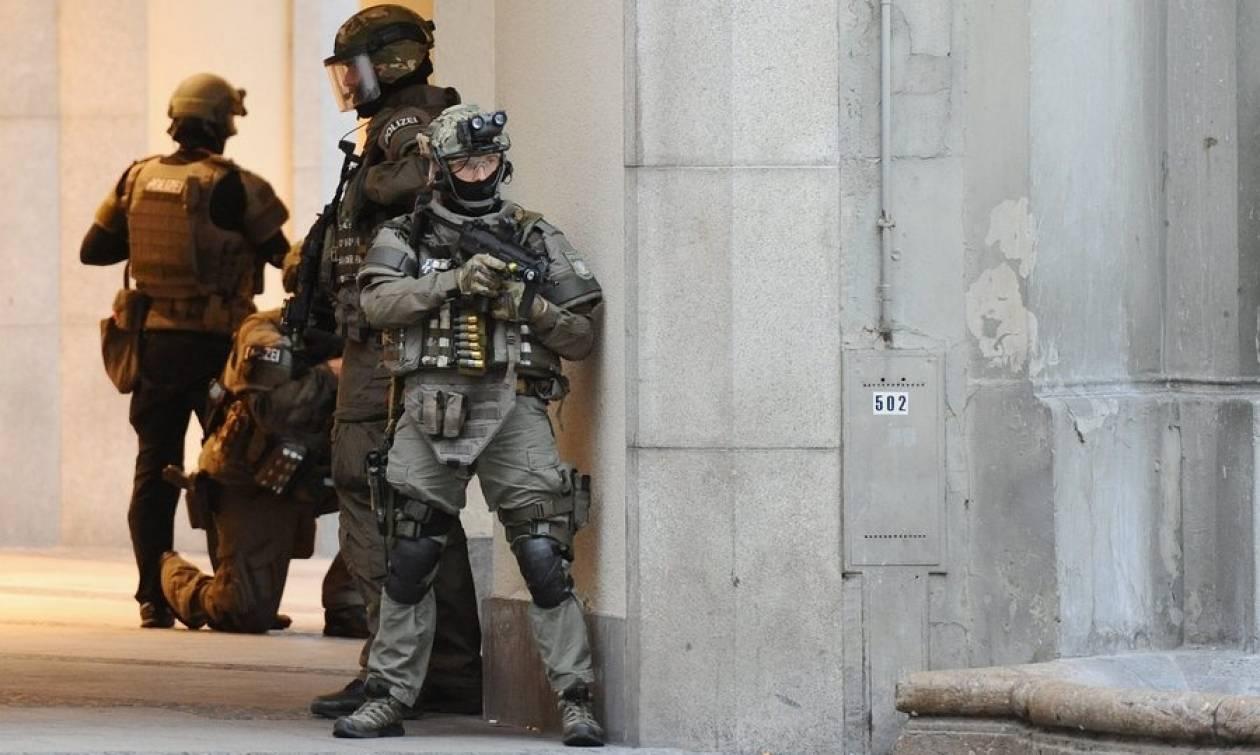 Επίθεση στο Μόναχο: Άγνωστα τα κίνητρα του δράστη - Έλληνας ανάμεσα στα θύματα (Pics & Vids)