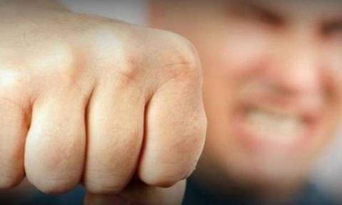 Άγριο ξύλο στο Παραλίμνι - 19χρονος γρονθοκόπησε 35χρονο και του προκάλεσε αμνησία