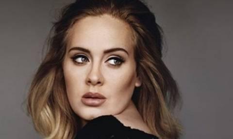 Η Adele έκανε τη γκάφα της ημέρας σε συναυλία της στο Βανκούβερ