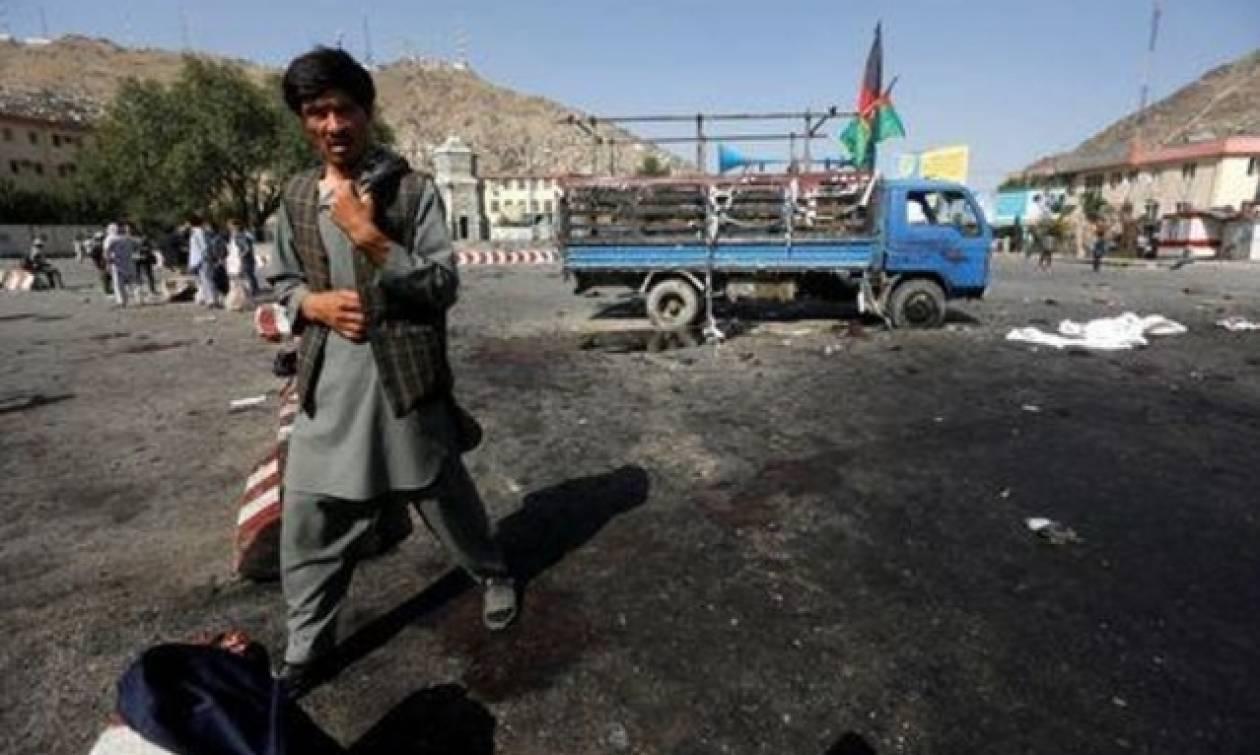 ΗΠΑ: Το Στέιτ Ντιπάρτμεντ καταδικάζει την επίθεση στην Καμπούλ - Στους 80 οι νεκροί
