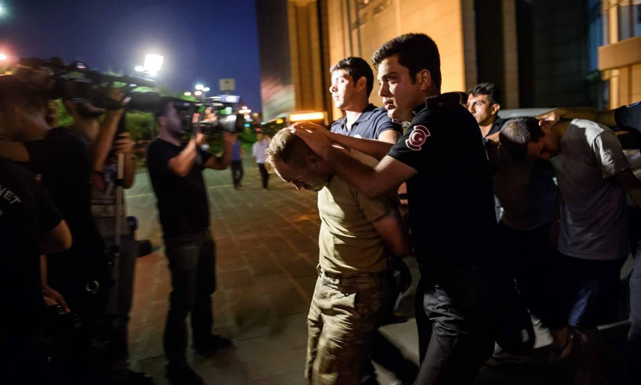 Τουρκία: Συγκέντρωση για τη δημοκρατία στην Κωνσταντινούπολη – Χωρίς τέλος οι μαζικές διώξεις (Vids)