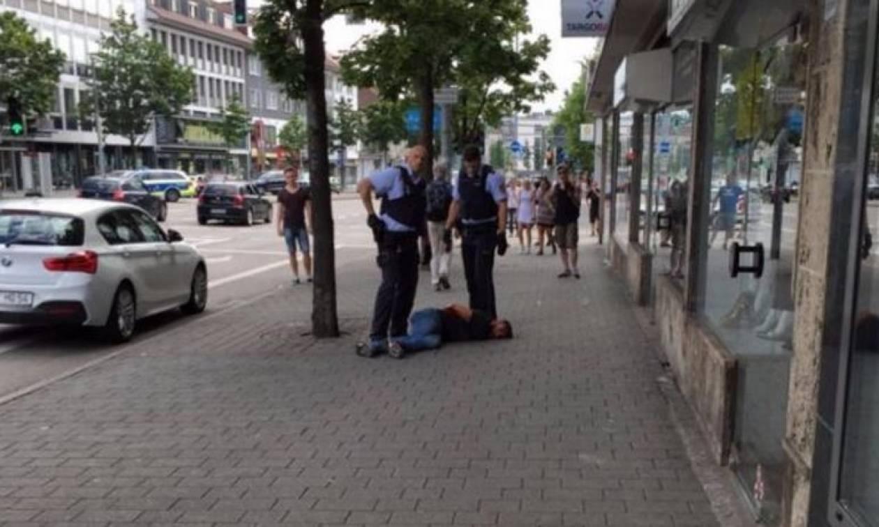 Νέα αιματηρή επίθεση στη Γερμανία - Μια γυναίκα νεκρή (pics+vid)