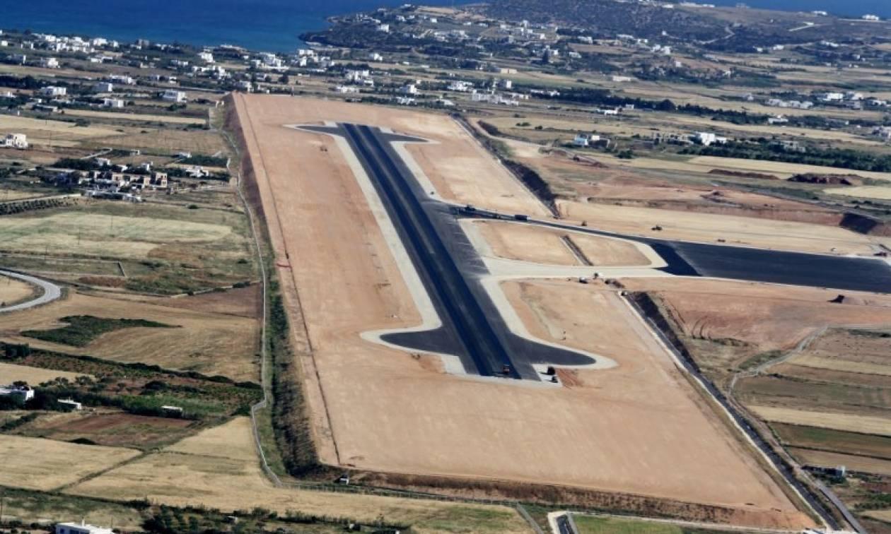 Πάρος: Η πρώτη πτήση στο νέο αεροδρόμιο και ο «τελευταίος χορός» στο παλαιό (video)
