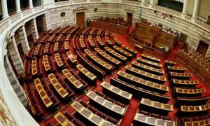 LIVE: Η συζήτηση στη Βουλή για τη σύσταση Εξεταστικής Επιτροπής