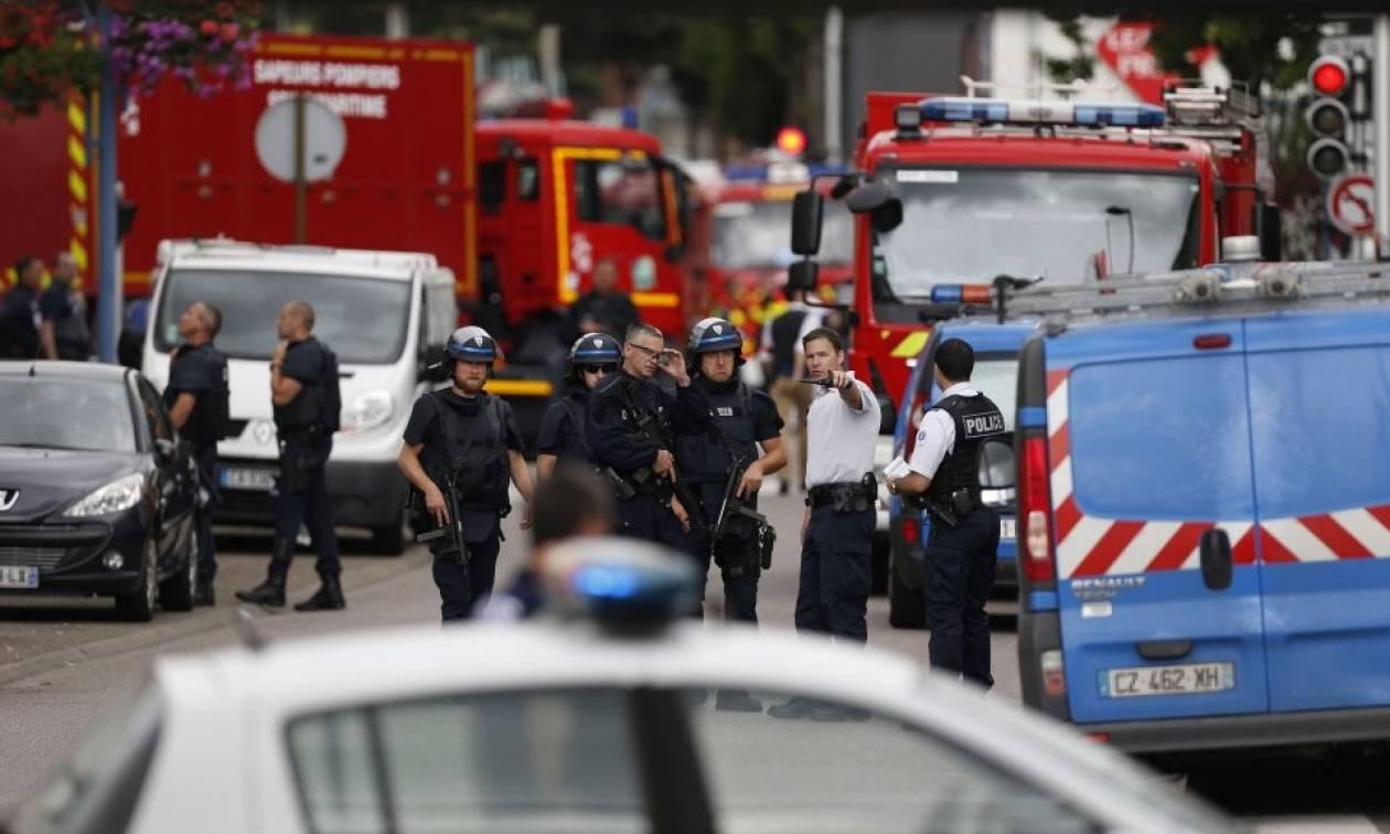 Επίθεση-Γαλλία:Ένας ιερέας νεκρός και ένας τραυματίας μεταξύ ζωής και θανάτου (Vid)