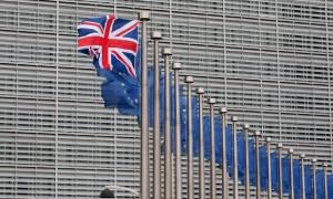 Brexit: Ενίσχυση του εμπορίου με τις ΗΠΑ επιδιώκει η Βρετανία