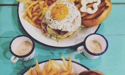 Γιατί τα burgers με αβγό είναι η νέα μας εμμονή;