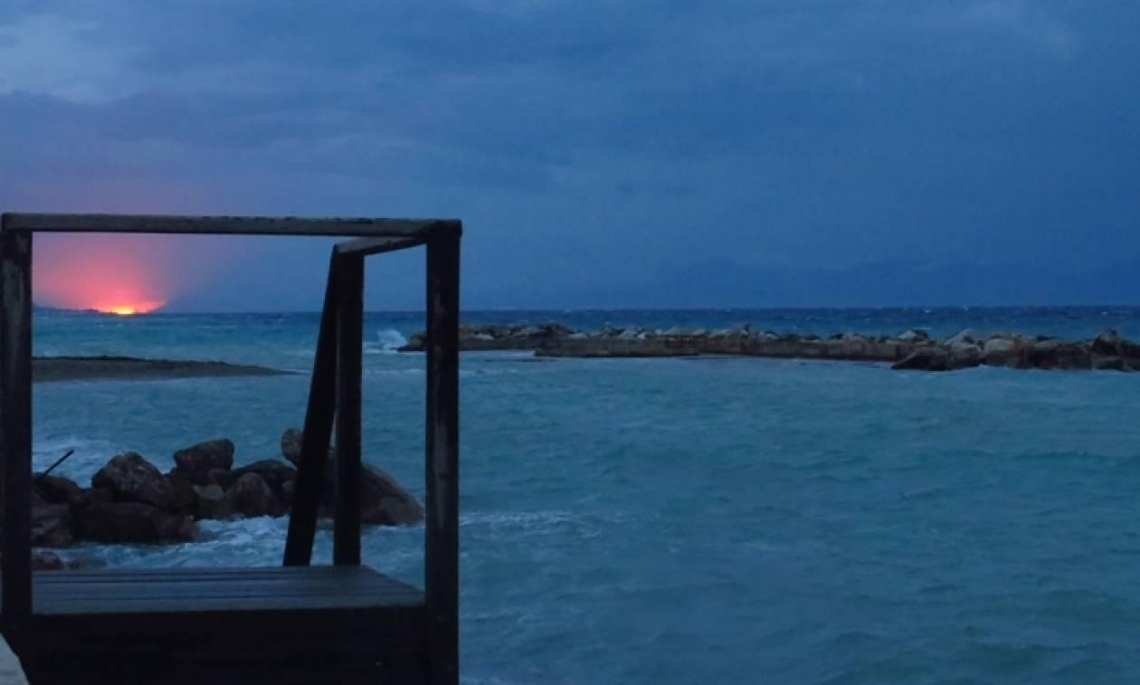 Καιρός: Τρέξτε στην παραλία πριν «χτυπήσουν» οι βροχές - Από πότε θα το... γυρίσει σε μίνι καύσωνα