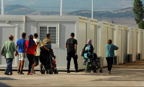 Thursday: 57,027 identified migrants and refugees in Greece