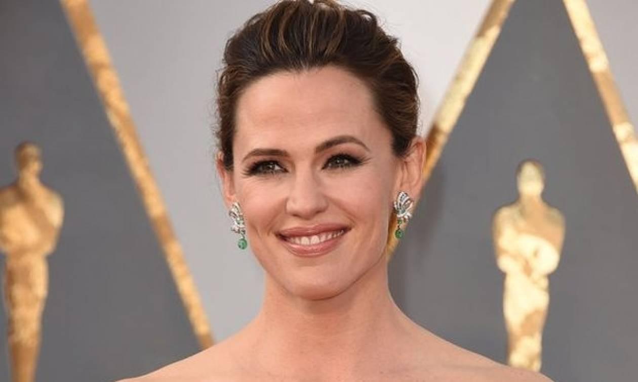 Η Jennifer Garner απαντά επιτέλους στις φήμες περί εγκυμοσύνης