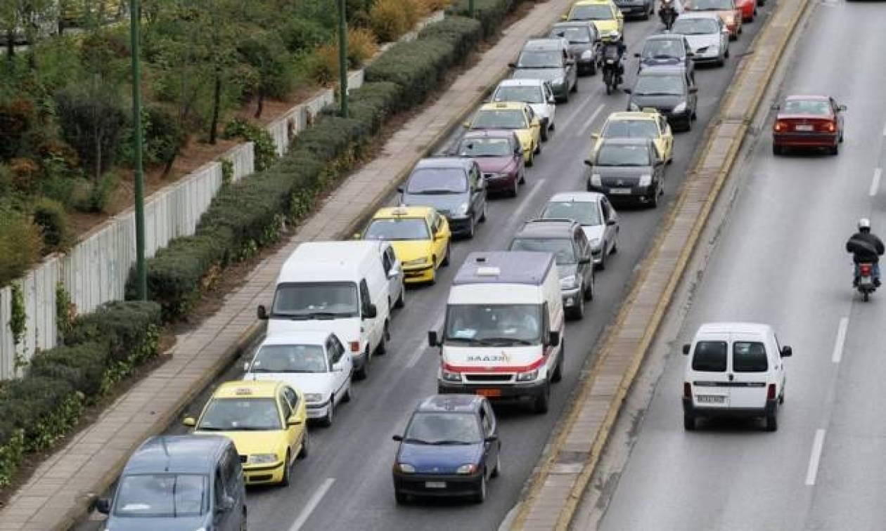 Προσοχή: Μεγάλο μποτιλιάρισμα στην Αθηνών - Κορίνθου