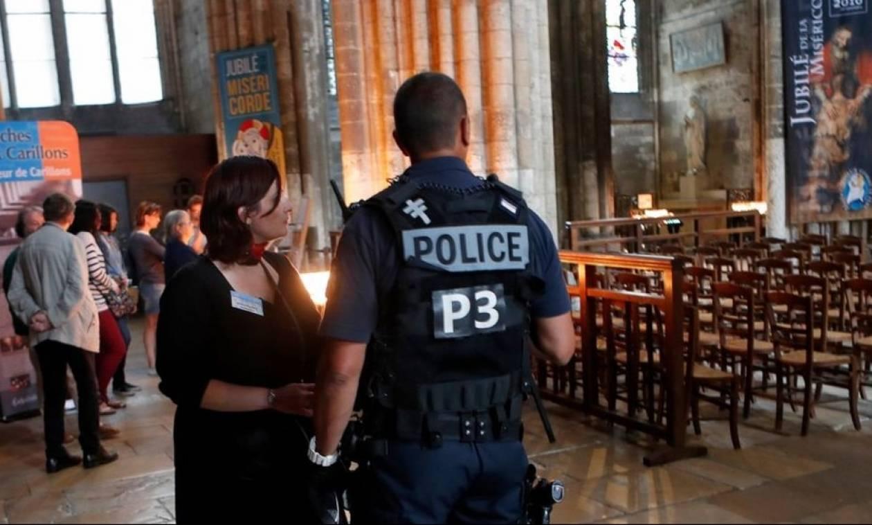 Επίθεση Γαλλία: Συνελήφθη Σύρος πρόσφυγας για τη σφαγή του ιερέα στο Σεντ-Ετιέν-ντι-Ρουβρέ