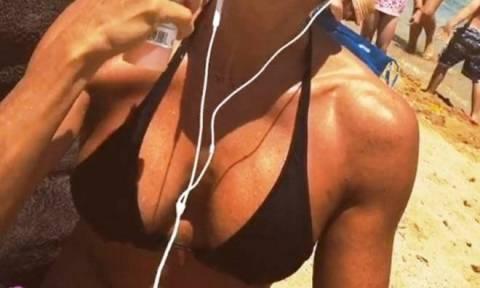 Ελληνίδα παρουσιάστρια σόκαρε το Instagram με την κορμάρα της! (photo)