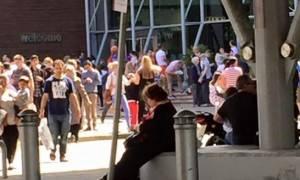 Βρετανία: Συναγερμός για ύποπτο δέμα σε εμπορικό κέντρο (vid)