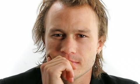 Ο πατέρας του Heath Ledger αποκάλυψε ποια ήταν τα τελευταία λόγια του γιου του πριν πεθάνει