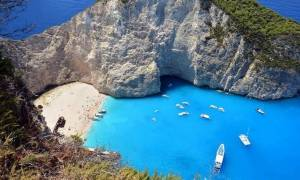 Paris Match: Τα 5 εκπληκτικά και τόσο διαφορετικά νησιά της Ελλάδας