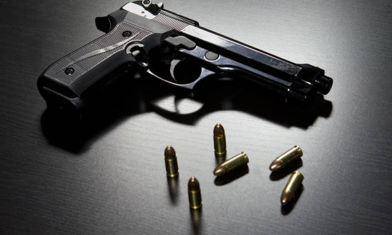 Άρτα: Κρυμμένο σε κινητήρα αυτοκινήτου εντοπίστηκε κλεμμένο προ 7ετίας όπλο