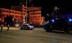 Κόσοβο: Από αντιαρματική ρουκέτα προήλθε η έκρηξη στο γκαράζ της Βουλής (video)