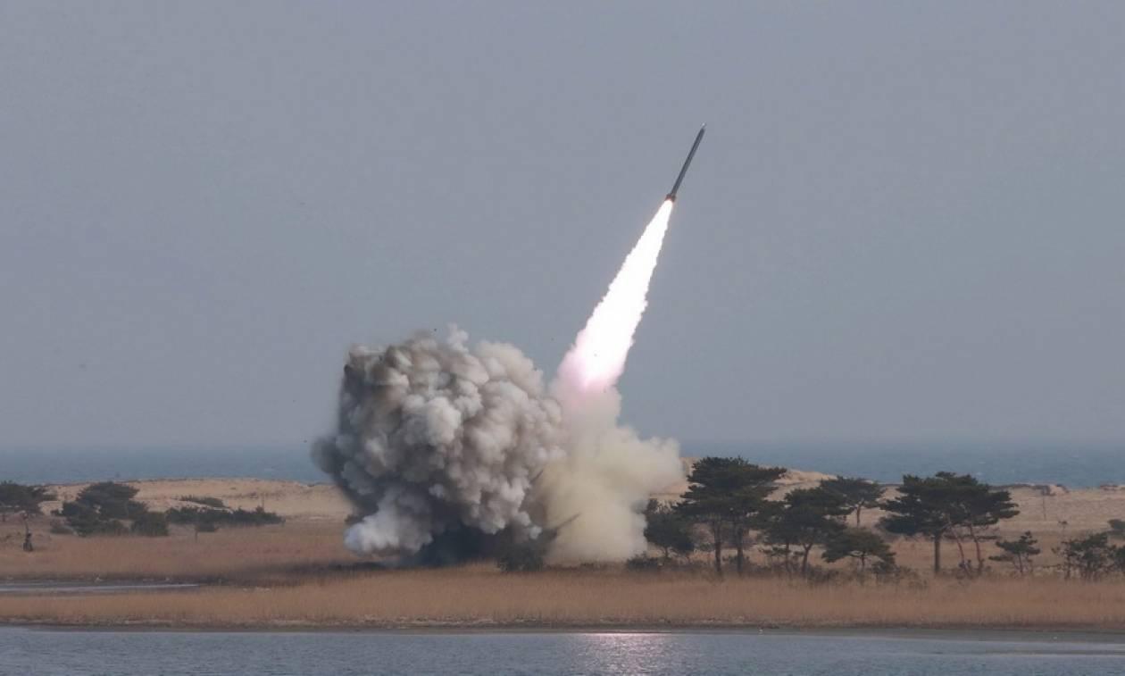 Κοινό μέτωπο από ΗΠΑ, Ν. Κορέα και Ιαπωνία στην εκτόξευση πυραύλων της Β. Κορέας