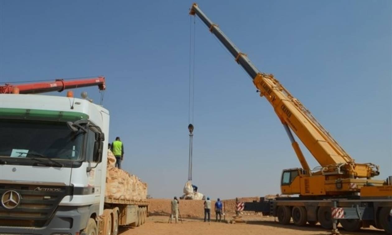 Ιορδανία: Διανομή ανθρωπιστικής βοήθειας στους πρόσφυγες με... γερανούς! (vid)