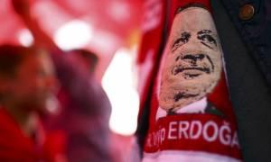 Ερντογάν: Επίδειξη ισχύος σε ζωντανή σύνδεση με ...Γκιουλέν