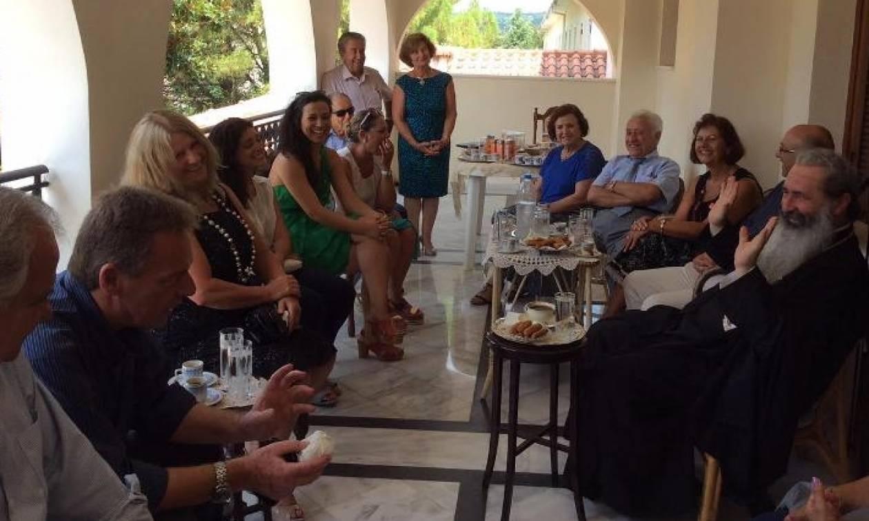 Μητροπολίτης Κεφαλληνίας Δημήτριος και Ομογένεια σε στενή συνεργασία