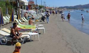 Αντιδήμαρχος Λαγανά: Παράνομοι οι περισσότεροι επιχειρηματίες στις παραλίες