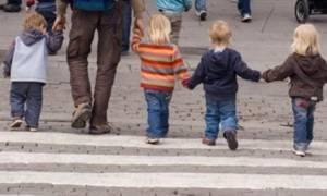 Συντάξεις: Προϋποθέσεις εξόδου για άνδρες με ανήλικα τέκνα και τριτέκνους