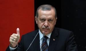 Τουρκία: Εκτοξεύτηκε στα ύψη η δημοτικότητα του Ερντογάν μετά την απόπειρα πραξικοπήματος